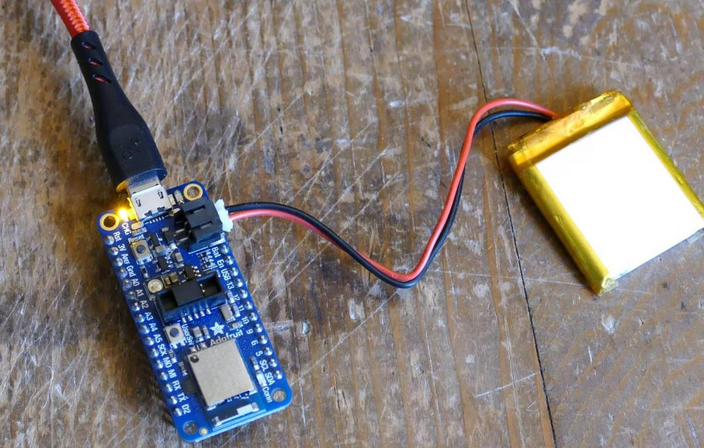 Repaired nRF52840 Feather
